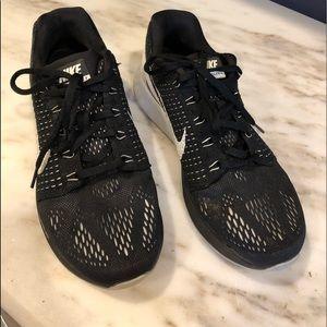 Nike liner glide 4 sneakers